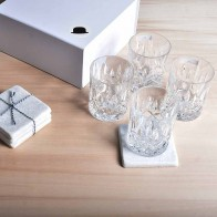 Distinctly Different borrel giftbox